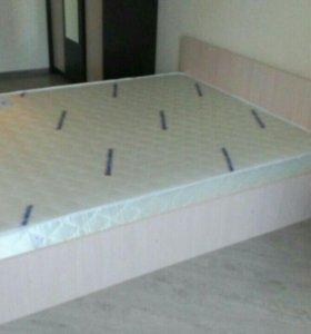 Кровать 140*200 с матрасом и основанием