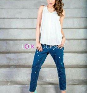Укороченные джинсы новые