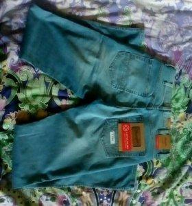 Новые мужские джинсы, Wrangler.