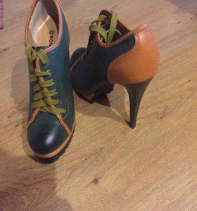Ботинки женские новые‼️