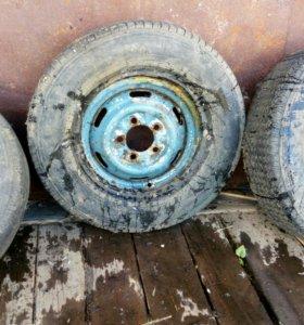 3 колеса от москвича.