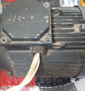 Электро-двигатель асинхронный 1.5квт/1000 обр.мин