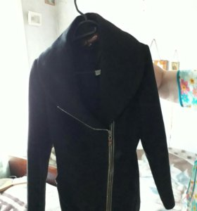 Пальто осень/весна размер L