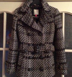 Тёплое полу-пальто Orsay, Германия, 44 размер