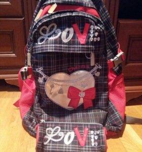 Рюкзак школьный для девочки( пенал в комплекте)