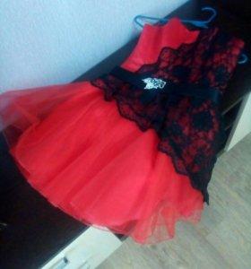 Платье на выпускной.Вечернее платье.