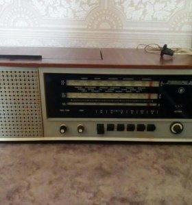 Радиоприемник с проигрывателем