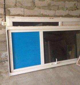 Пластиковые двери,одно створчатая,и двух