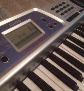 Синтезатор Casio, музыкальный инструмент