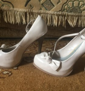Новые туфли New look, 39-40