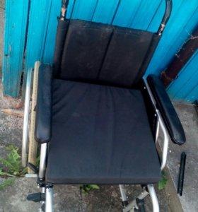 Коляска для инвалидов.