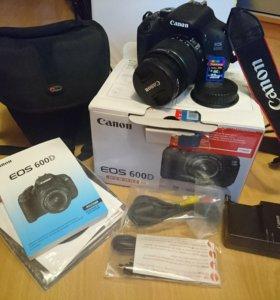 Зеркальная фотокамера Canon 600 d