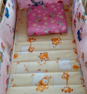 Кроватка,матрац,бортики,подушка!