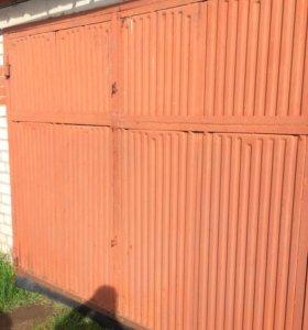 Ворота под гараж в сборе