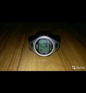 Электронные часы пульсомер