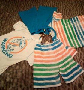 Комплект их двух футболок и двух шорт, OVS, Италия