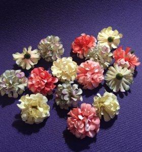 Цветы 3шт из ткани гвоздички