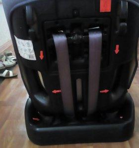 Кресло детское для автомобиля