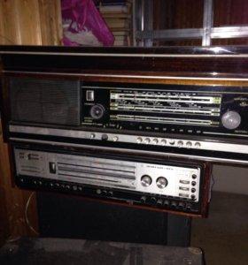 Раритет,радио с виниловым проигрывателем