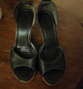Обувь размер 40