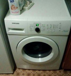 Стиральная машина Samsung WF6MF1R0W0W