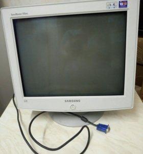 Продаю монитор Samsung