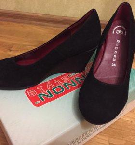 Новые туфли ( натуральная замша )