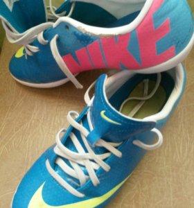 Обувь для футбола р.36