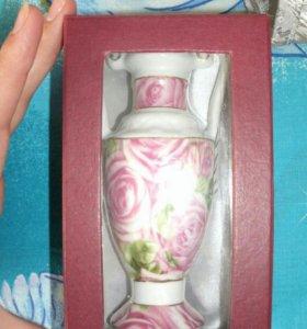 Декоративная вазочка