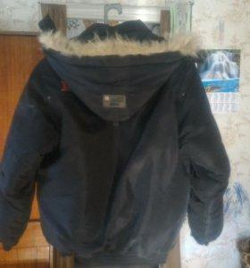 Куртка зимняя,отличное состояние