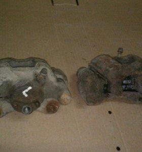Тормозные суппорта задние Тойота Камри ACV30