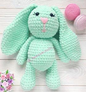 Игрушка зайчик амигуруми ручное вязание