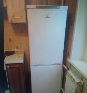 Холодильник индезит