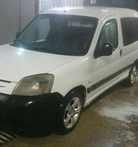 Peugeot partner 1,4, 2004