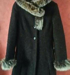 Пальто зимнее 40 размер