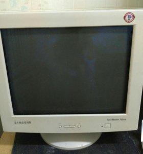 Монитор Samsung 755