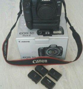 Фотоаппарат Canon 5D Mark2