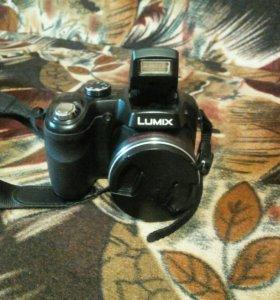 Цифровая фото-видео камера