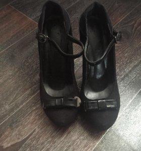 Туфли 3 пары!!!