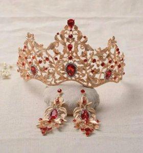 Диадемы, короны, тиары, украшения на свадьбу