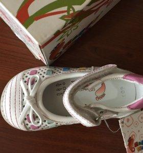 Туфли детские новые 21 размер