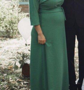 Длинное зеленое платье в пол, можно для беременных