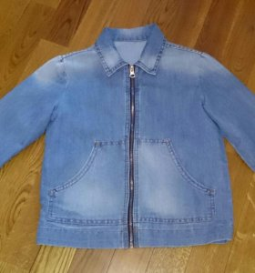 Джинсовка-куртка новая на мальчика 128 -140см.