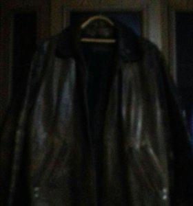 Кожаная куртка мужская коричневого цвета
