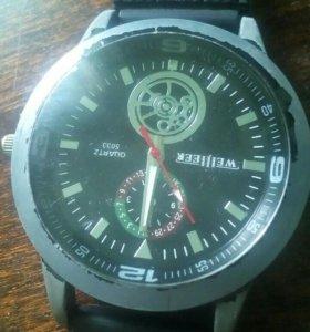 Часы (без батареик)