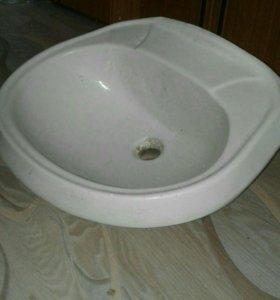 Раковина керамическая