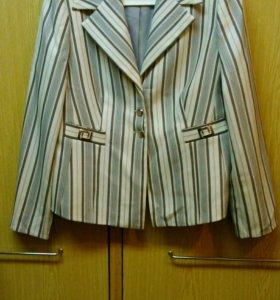 Костюм Vlaran и брюки р.52 в идеальном состоянии
