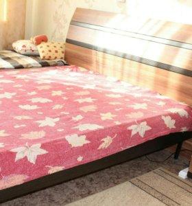 Кровать+матрас+тумбочка