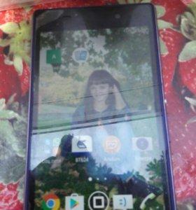 Продаю телефон Sony z1