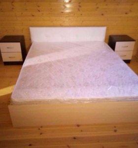 Новая!!!кровать с матрасом с мягкой спинкой